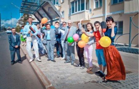 В «Читающем троллейбусе» уфимцы проехали с журналистами из «Шонкара» и «Агидели»